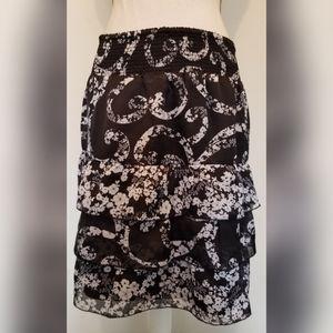 White House Black Market White Black Floral Skirt
